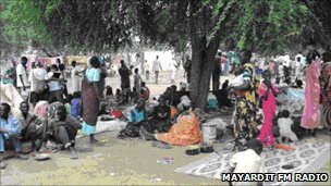 People under trees in Turalei in South Sudan who have fled from Abyei