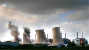 Cooling towers - Image courtesy Annan Museum