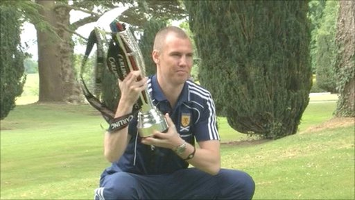 Scotland captain Kenny Miller with the Carling Nations Cup