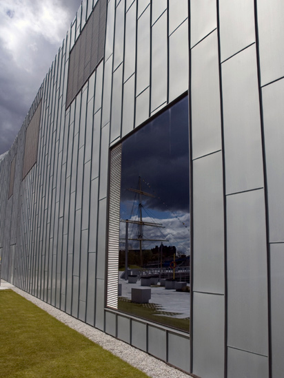 Reflection of The Glen Lee on the Riverside Museum