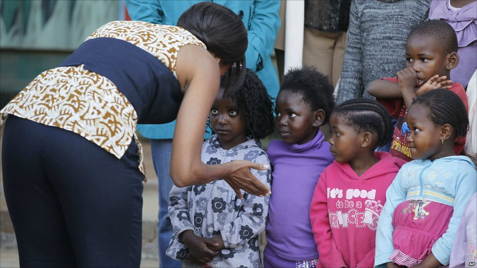 Alex Jones claims he has 'proof' Michelle Obama is a man Michelle obama africa pictures