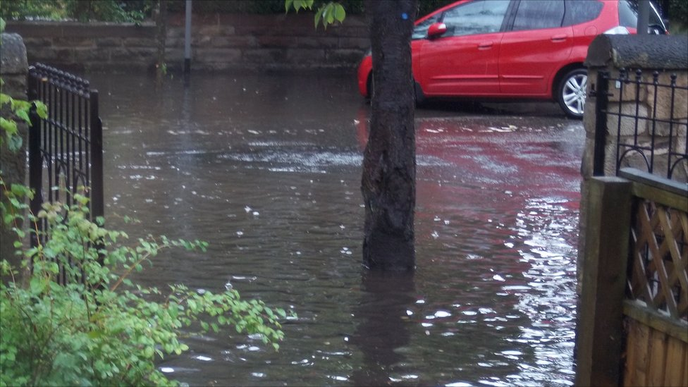 Flooding in Edinburgh. Picture taken by Arran Wilson.
