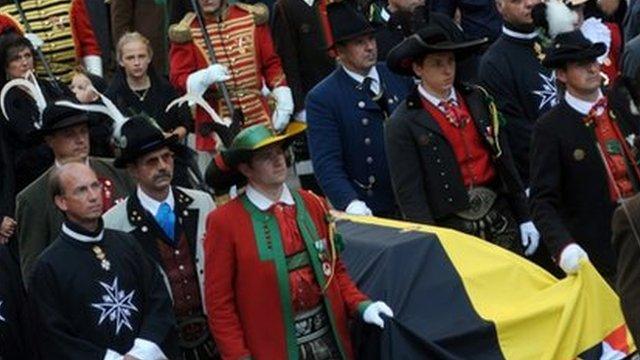 Otto von Habsburg's coffin is carried through the streets of Vienna