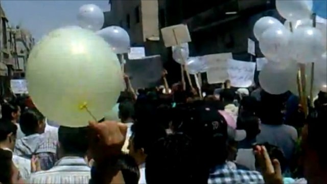 Protesters in Syria (unverified)