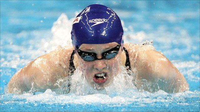 Hannah Miley competes in Shanghai