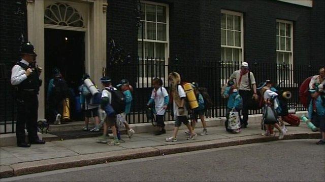 Scouts at No 10