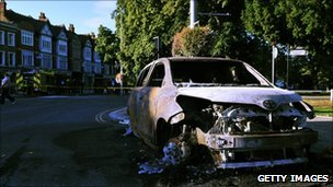 Burnt out car in Ealing Green