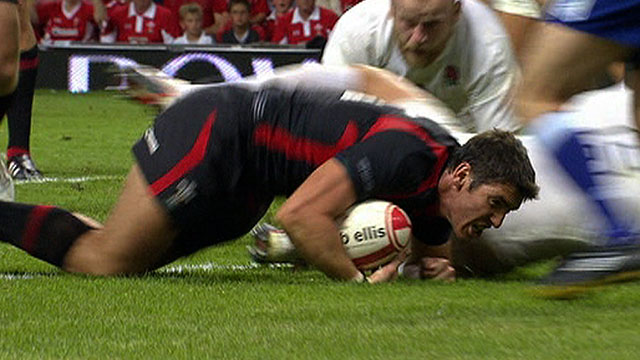 James Hook touches down for Wales