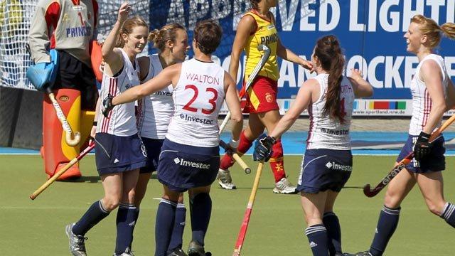 England celebrate Helen Richardson's winner