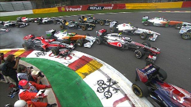The F1 field flow through La Source