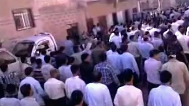 Crowds of protesters in Deraa, Syria