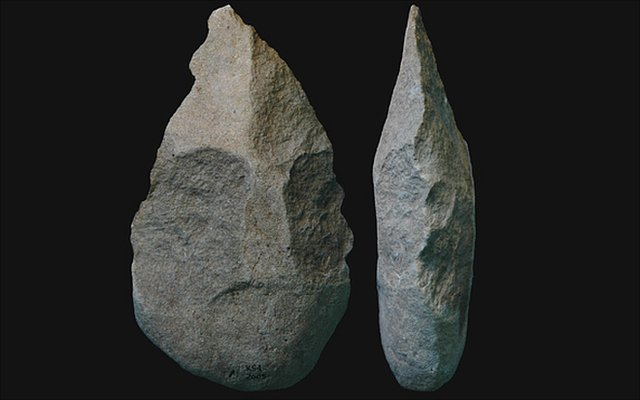 Exciting stone tool find in Kenya - BBC News