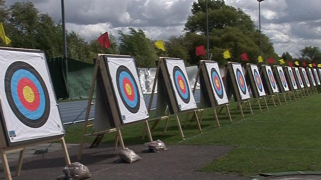 GB archers take aim for London 2012 Paralympic places