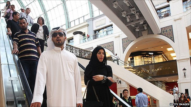 Shopping at the Mall of the Emirates in Dubai