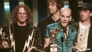 REM accept the award for Video Vanguard during the 1995 MTV Video Music Awards in New York
