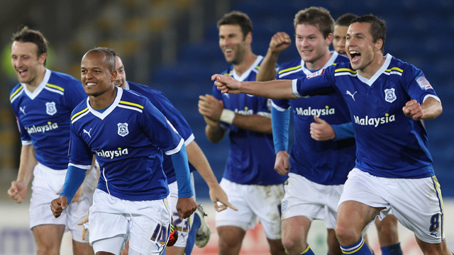 Cardiff celebrate beating Leicester on penalties