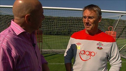 Southampton manager Nigel Adkins talks to Mark Clemmit