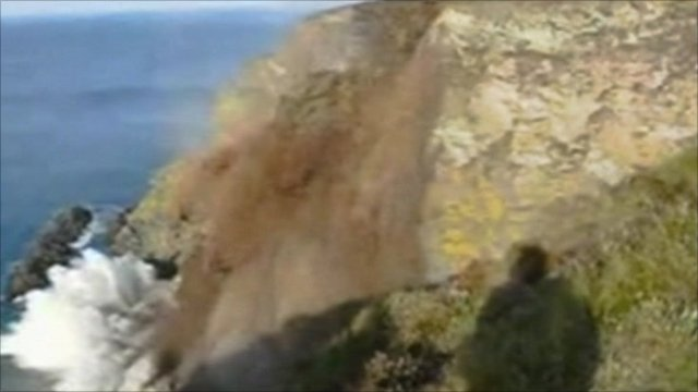 Still from Richard Hocking's video