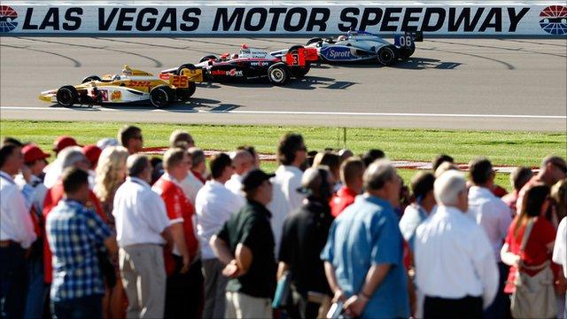 Specatators at the Las Vegas Indy 300