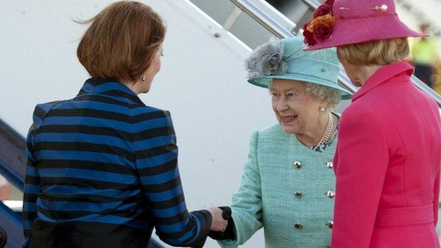 Australian Prime Minister, Julia Gillard greets Queen Elizabeth