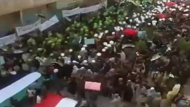 Thousands of protesters on the streets in Syria