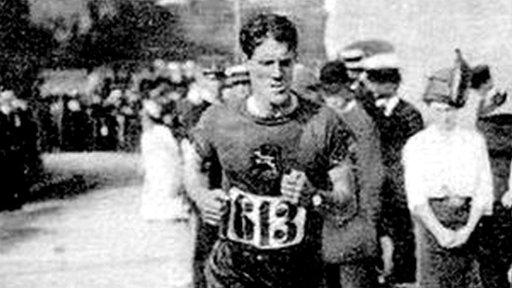 Kennedy Kane McArthur running the Olympic marathon in Stockholm in 1912