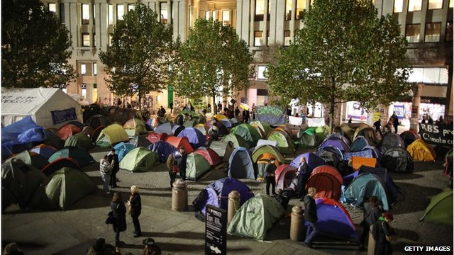 """Tents in front of St Paul""""s Cathedral"""