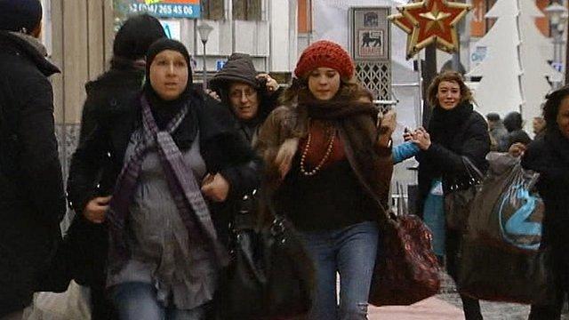 Shoppers flee Liege blast