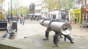 The Lino Sculpture in Staines town centre