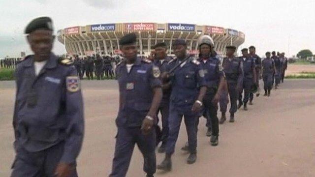 Troops outside stadium in Kinshasa