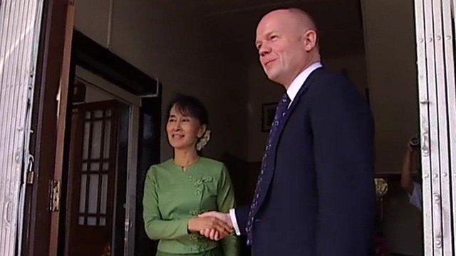 William Hague and Aung San Suu Kyi