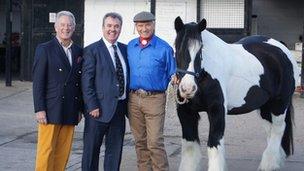 Horseworld chairman of trustees John Newman, managing director Mark Owen, Monty Roberts and Saul the horse