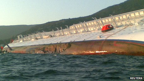 Costa Concordia with hole in its hull (14 January 2011)