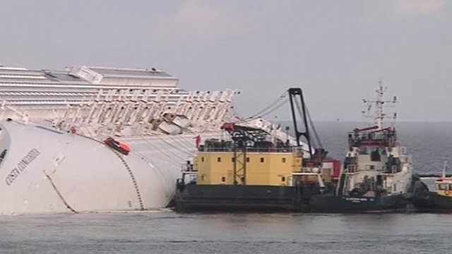 Work on the Costa Concordia