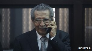 Former Guatemalan leader Efrain Rios Montt speaks on the phone at the Supreme Court of Justice in Guatemala City on 26 January, 2012.