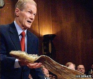 Bill Nelson, with 17-foot python skin US Senate