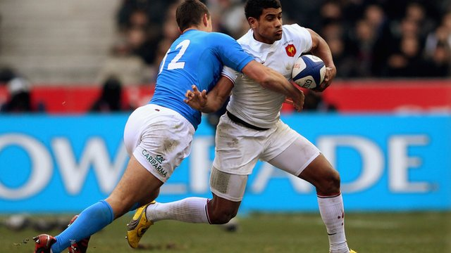 Wesley Fofana on his way to a try
