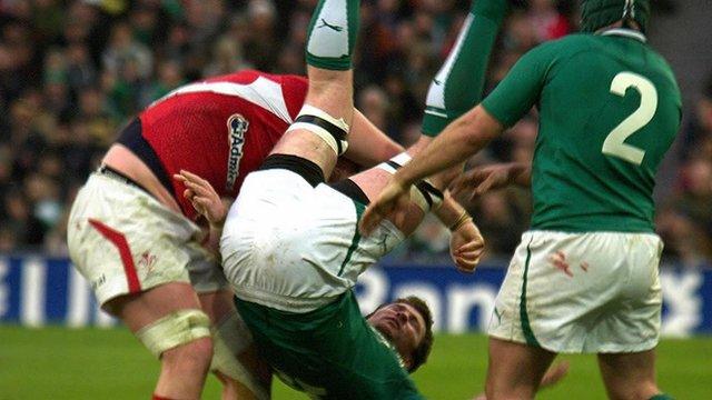 Bradley Davies' tip tackle on Donnacha Ryan