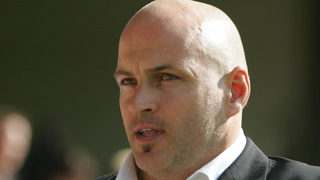 Luton Town manager Gary Brabin