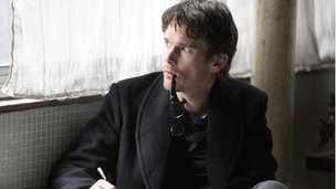 Ethan Hawke in The Woman in the Fifth