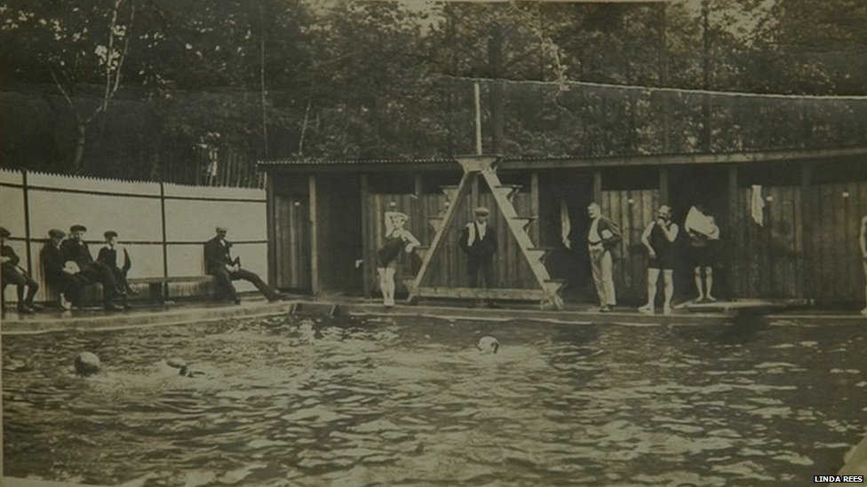 Bbc News East Grinstead Swimming Club Celebrates Centenary