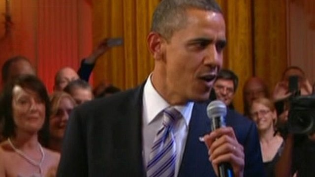 As the blues legends sang, President Obama took the mic and sang about his home town