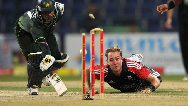 England's Stuart Broad in action against Pakistan