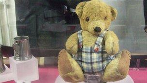 Alan Turing's teddy bear Porgy
