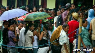 Long queue of peole at polling station