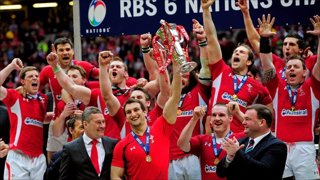 Wales captain Sam Warburton holds aloft the Six Nations trophy
