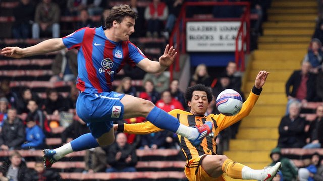 Chris Martin of Crystal Palace takes a shot on goal