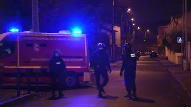 Police and van in Toulouse street