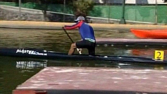 Everardo Cristobal on his canoe