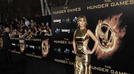 Jennifer Lawrence plays Katniss Everdeen
